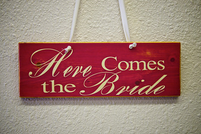 Here Comes Bride Sign